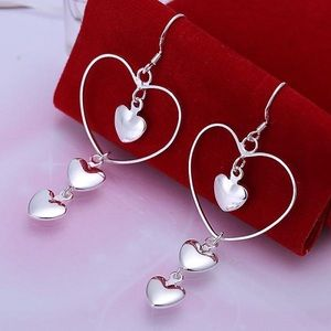 New 925 Sterling silver heart earrings